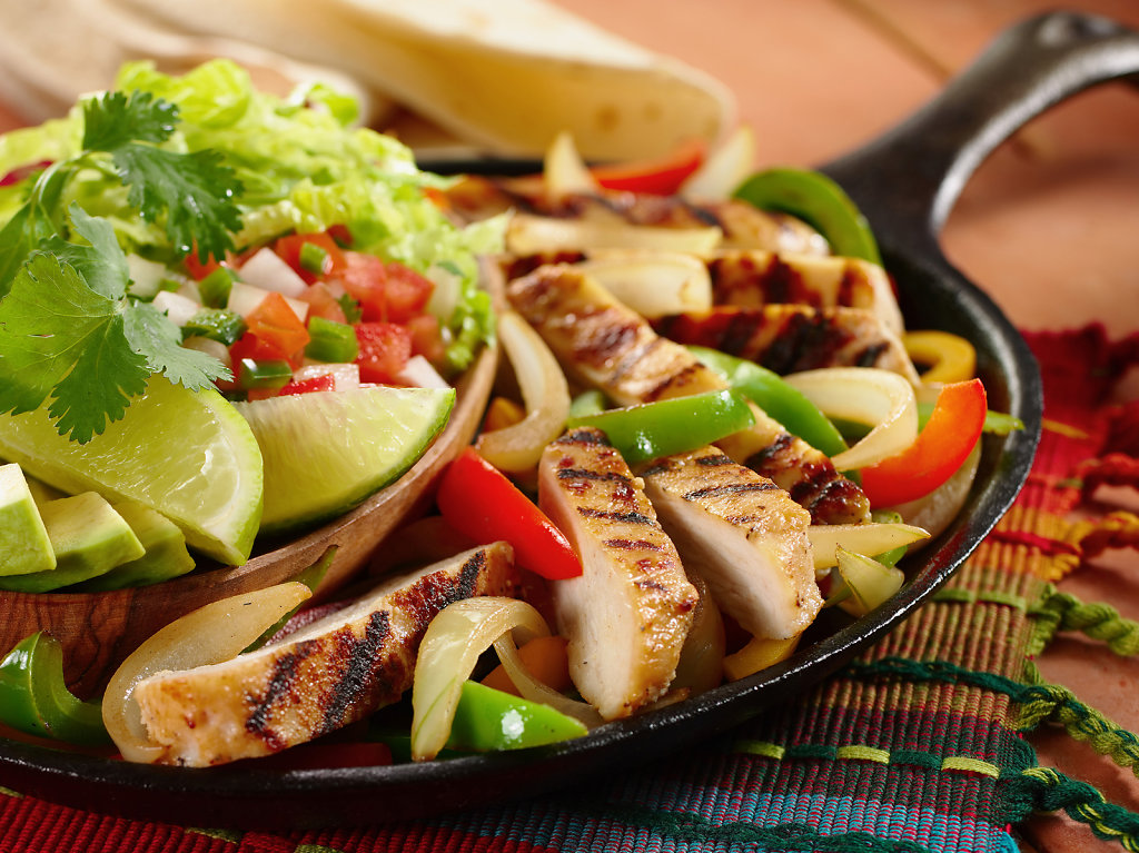 Chicken-Fajitas-in-skillet.jpg